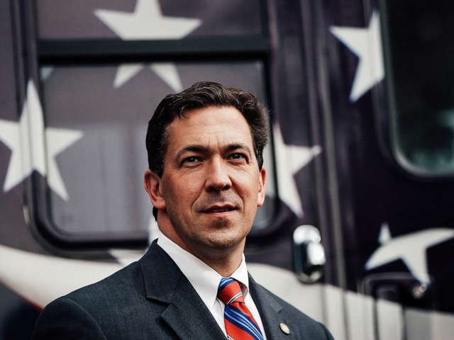 Could a Mississippi Mud Fight Cost the GOP a Senate Seat?