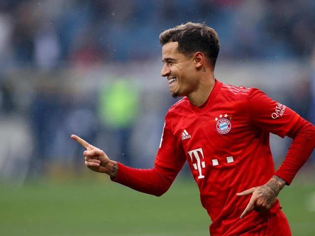 Manchester United warned off Philippe Coutinho signing with star urged to 'take a step back' with next move