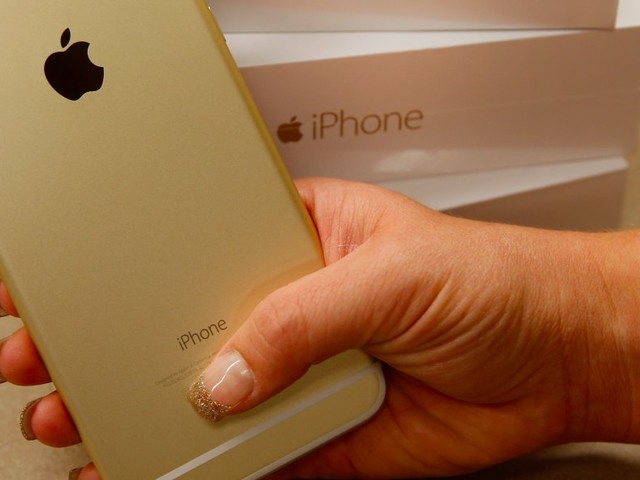 THE $1,000 PHONE: This huge problem Apple must solve before it launches the new iPhone (AAPL)