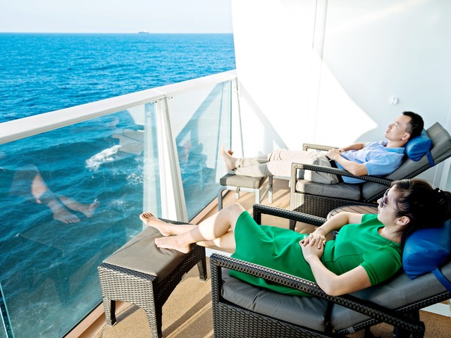 Doing it for the 'gram? Royal Caribbean says no to that, bans guest from ever sailing again