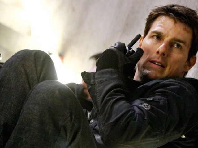 Tom Cruise Apparently Injured Performing 'Mission: Impossible 6' Stunt