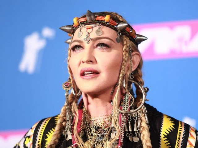 Madonna cancels Monday concert in London