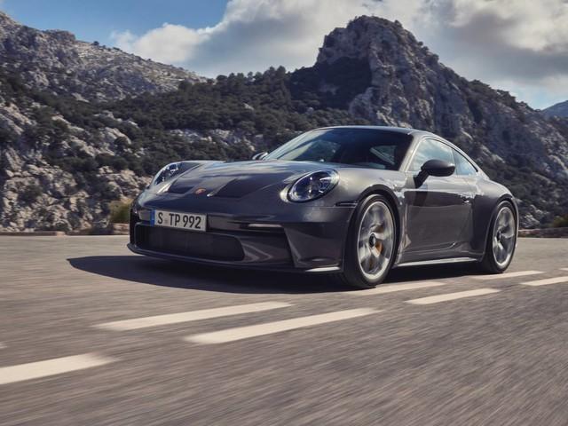 Porsche 911 GT3 Touring – The Ultimate Sleeper Porsche