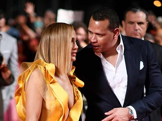 Jennifer Lopez And Alex Rodriguez Planning 'Winter Wonderland' Wedding?