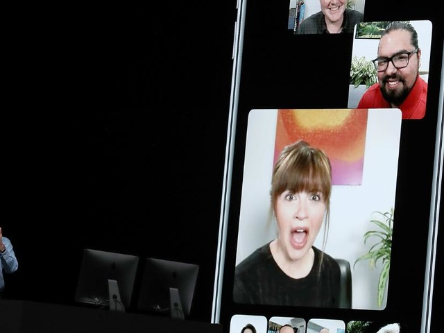 Apple rolls out fix for FaceTime eavesdropping bug