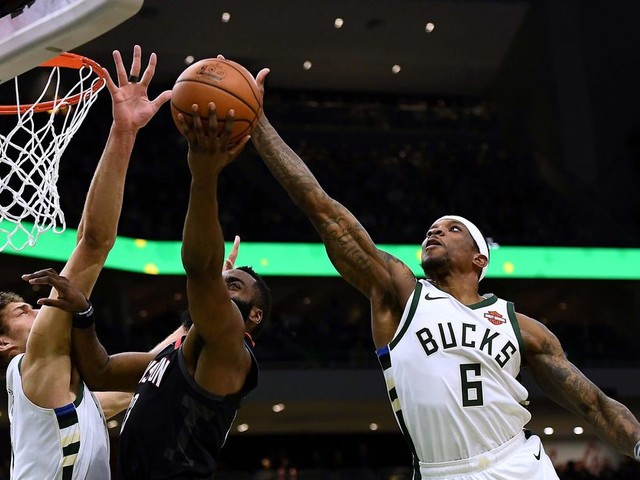 Podium Guys: How Important Is Eric Bledsoe to the Bucks' Title Hopes?