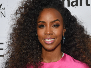 Kelly Rowland Reveals How She Almost Went 'Rich Broke' Trying To Maintain A Luxe Lifestyle & Her Husband No Longer Being Her Manager
