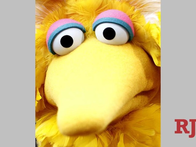 Big Bird, Oscar the Grouch puppeteer Caroll Spinney dies