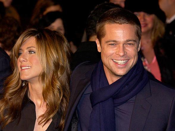 Brad Pitt Crashed Jennifer Aniston's Intimate Pre-Birthday Dinner?