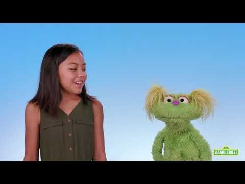 Sesame Street 's Newest Muppet Deals with the Opioid Crisis