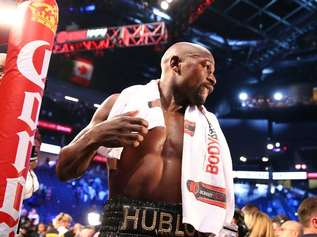 Floyd Mayweather: I didn't spar for a month before McGregor fight to protect 'brittle' hands