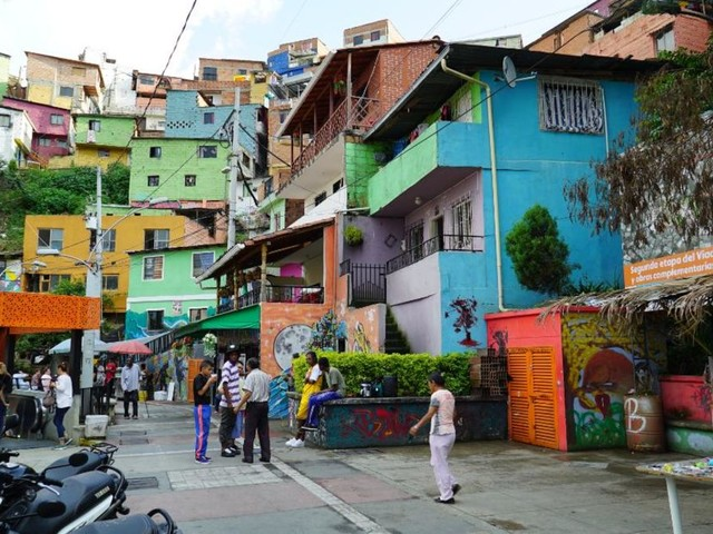Medellín: From 'most dangerous city' to tourist hot spot