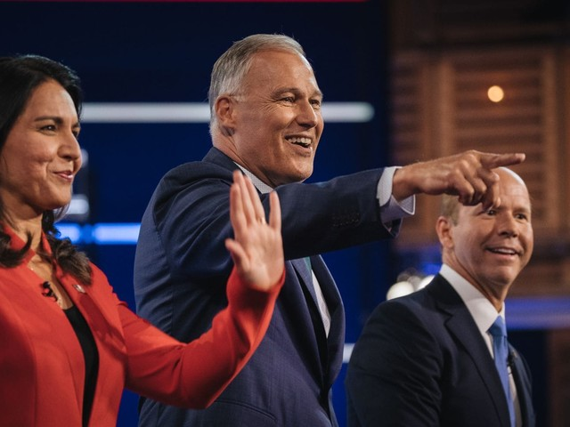 Lesser-known candidates claw for the spotlight in Democratic debate