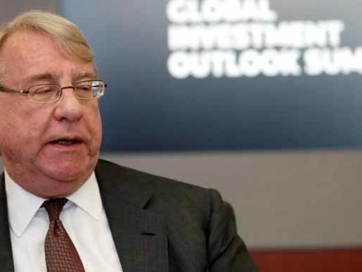 Jim Chanos Adds To Tesla Short, Sees Musk Stepping Down