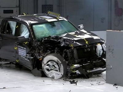 This Just In: IIHS Crash Test Shows Most Pickups Lack Best Protection