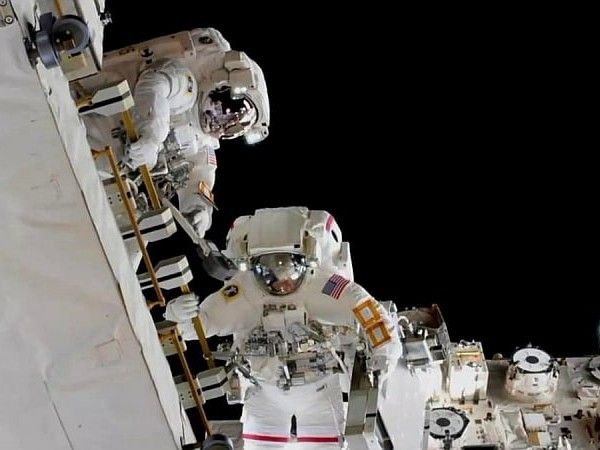 NASA Astronauts Wrap Spacewalk to Swap Batteries for ISS Power Upgrades