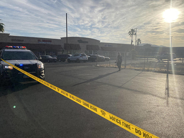 Police investigate 2 Las Vegas Valley homicides