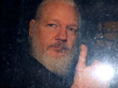 "International Group Of Doctors Warns Assange Will ""Die In Prison"" Without Urgent Medical Care"