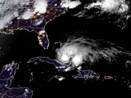 Florida braces for impact as Hurricane Isaias bears down