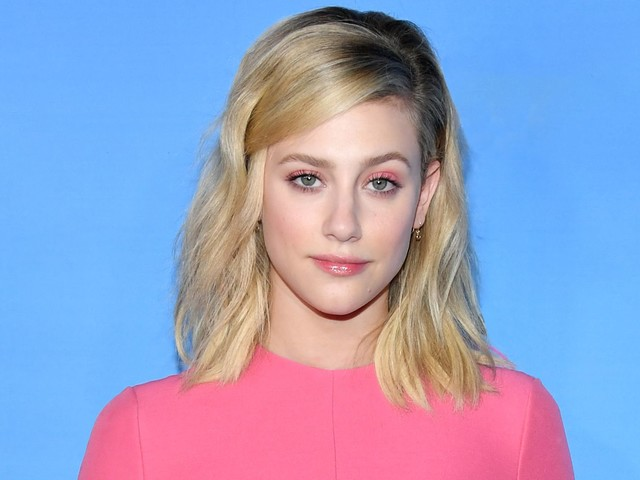 Lili Reinhart Shows Off Her Heat-Free Curls On Instagram