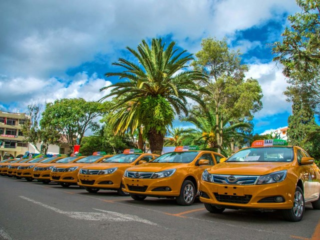 "City of Loja, Ecuador, Purchases 30 Electric BYD e5 ""EcoTaxis"""