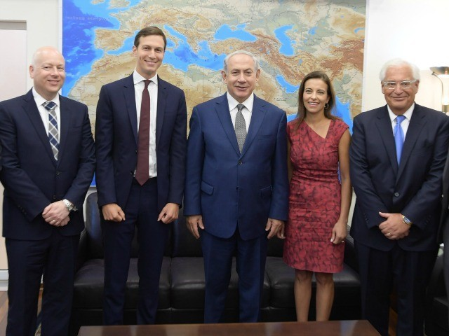 Report: Jared Kushner, Dina Powell Drafting Proposal for Israeli-Palestinian Agreement