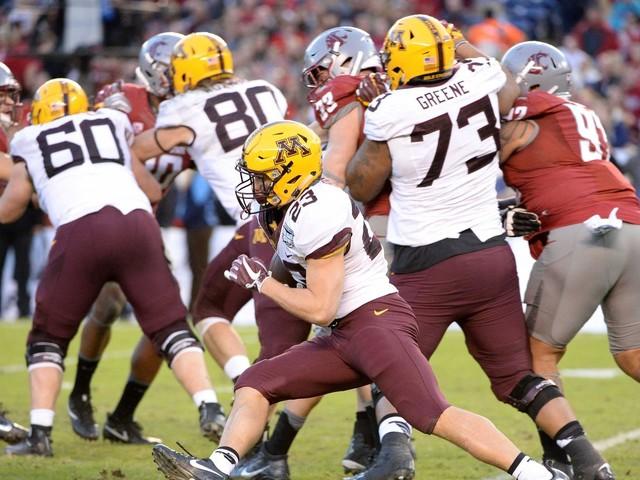 This week in college football recruiting: Early rankings, Minnesota, and Cincinnati