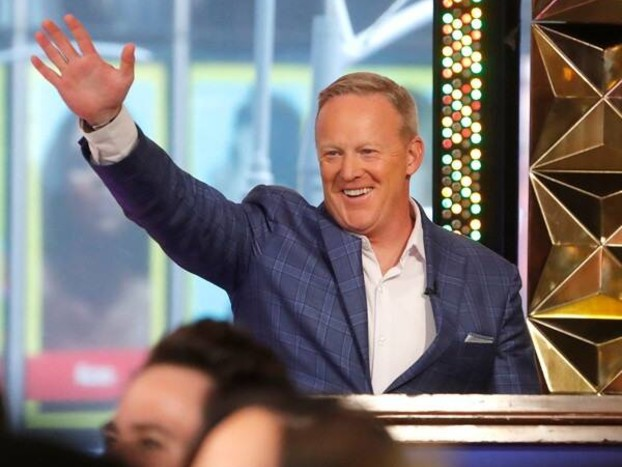 Grey's Anatomy Boss Blasts ABC for Casting Sean Spicer on Dancing With the Stars
