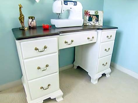 How to Make Homemade Chalky Paint to Use for Antiquing Furniture
