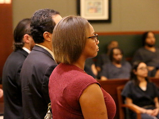 Lawyers want murder charge tossed in Las Vegas bus-push case