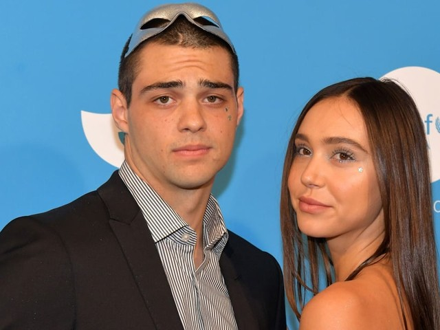 """Alexis Ren Opens Up About Her Relationship With Noah Centineo: """"He Has a Heart of Gold"""""""