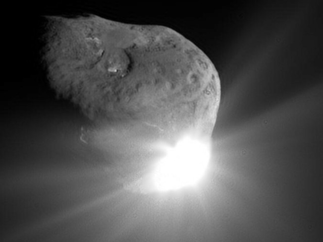 Why the mega comet is so fascinating — and not a threat to Earth
