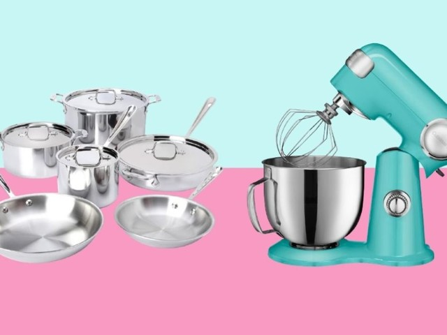 10 quality kitchen items to get from Wayfair's biggest sale of the year, from Le Creuset cookware to All-Clad pans