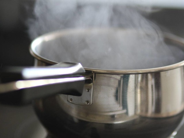 Homesick maid dips toddler's arm in boiling water to go back to family