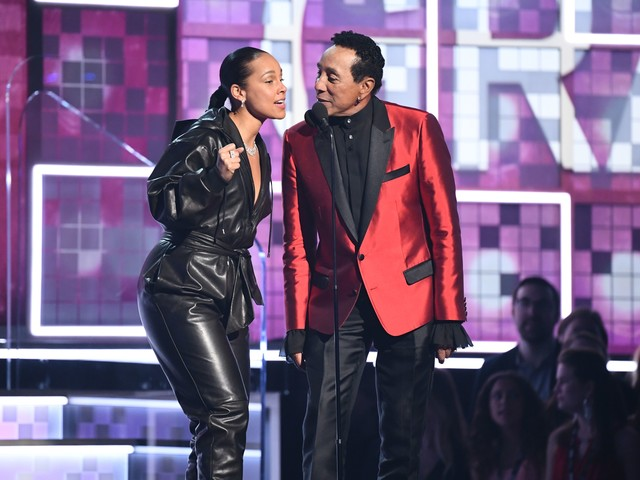 Grammys ratings: Awards show viewership holds steady at nearly 20 million
