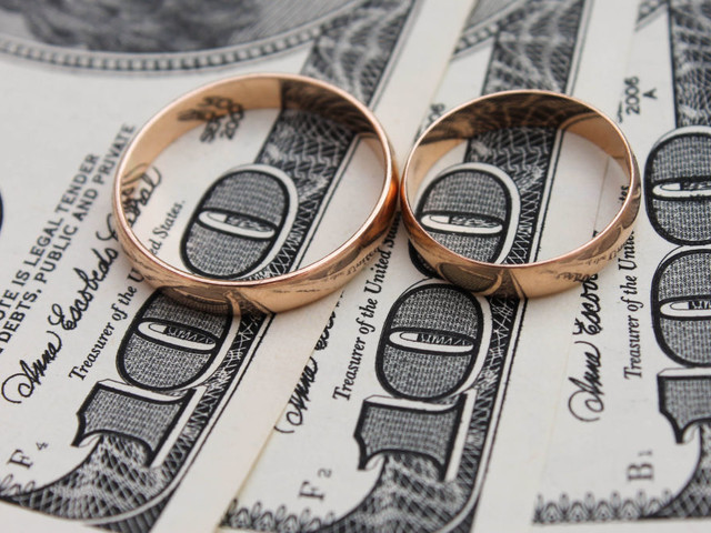 Should You Merge Your Finances With Your Partner's?