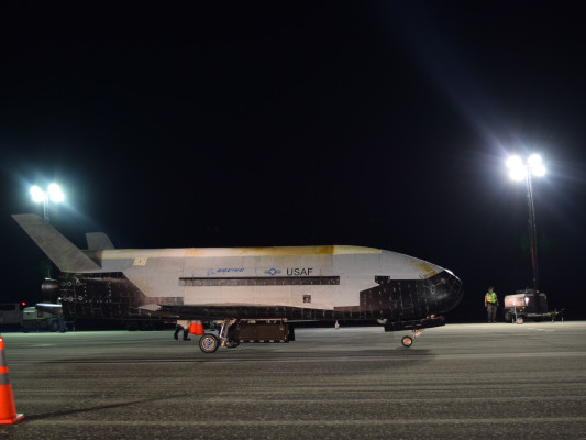 U.S. Air Force experimental test spaceship lands after a record 780 days in orbit