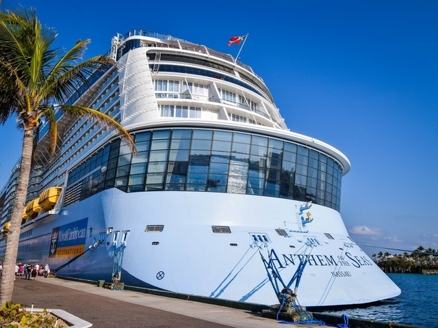 10 ways to save money on your 2018 Royal Caribbean vacation