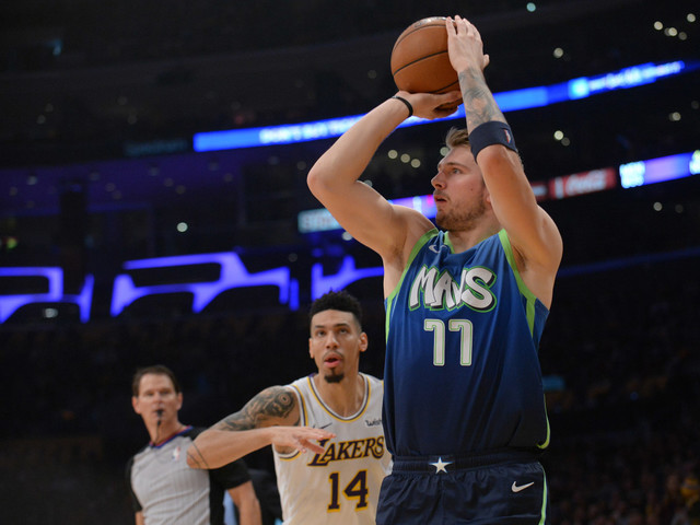 Luka Doncic Dazzles and 12 Other Observations From Mavericks-Lakers