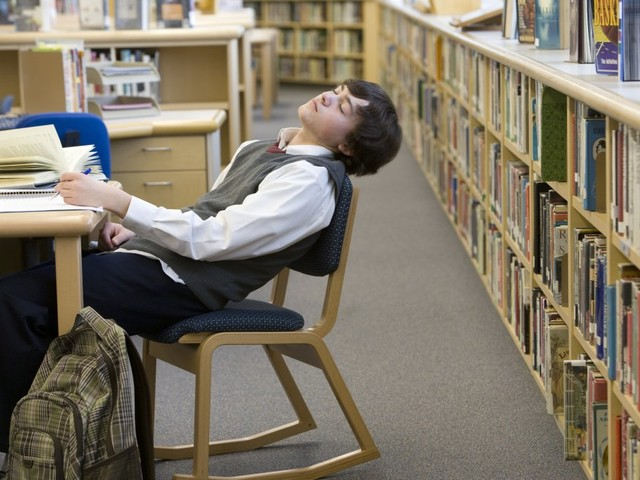 Letter: Make late starts an option for students who can sleep in