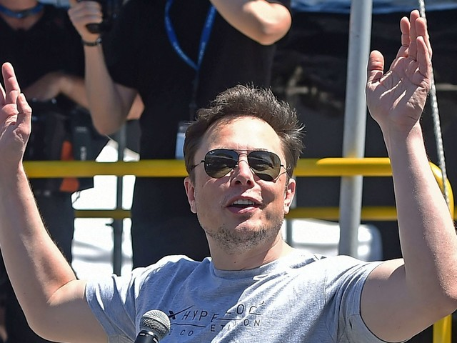 Tesla is losing another top executive amid a brutal week for the electric automaker (TSLA)