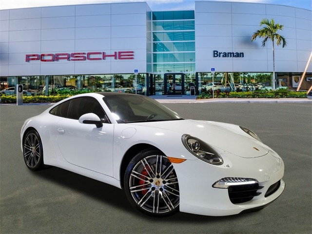 2015 Porsche 911--Carrera--S