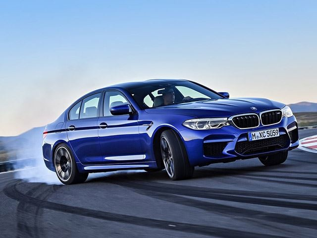 BMW M5 Revealed With 600-HP, M-Specific xDrive, And Less Weight