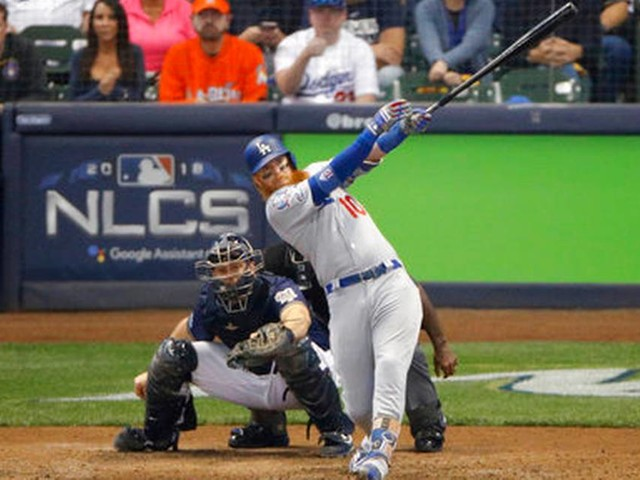Turner homers as Dodgers beat Brewers 4-3 in NLCS Game 2