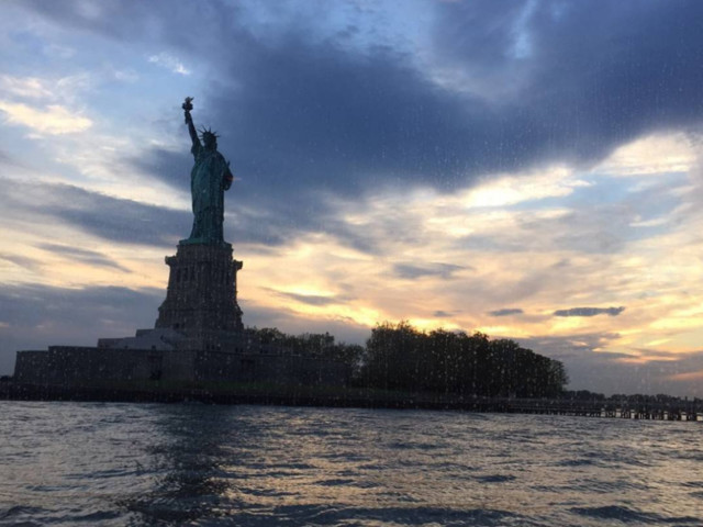 American – $177 (Regular Economy) / $127 (Basic Economy): Dallas – New York (and vice versa). Roundtrip, including all Taxes