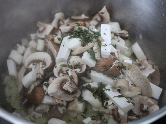 Strengthen Your Immune System With Oyster and Crimini Mushroom Soup