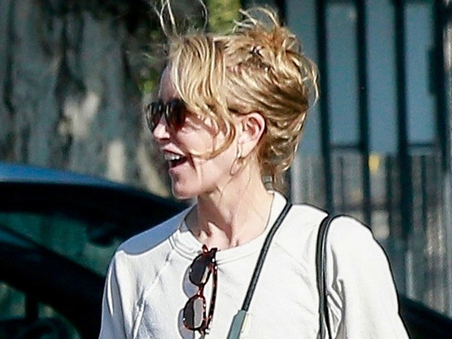 Felicity Huffman Continues Working on Community Service in L.A.