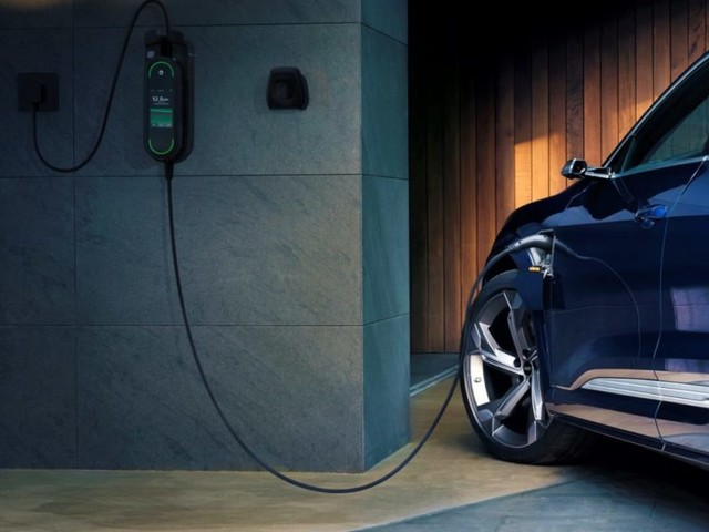 Preventing Blackouts with Intelligence: Audi e-tron is Ready for Grid-Optimized Charging