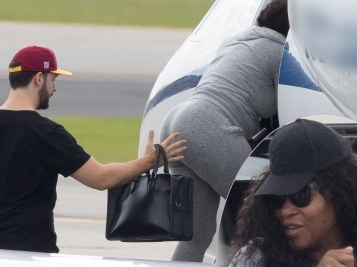 THE SPLURGE CONTINUES: Serena Williams & Alexis Ohanian (Private) Jet To Their Honeymoon