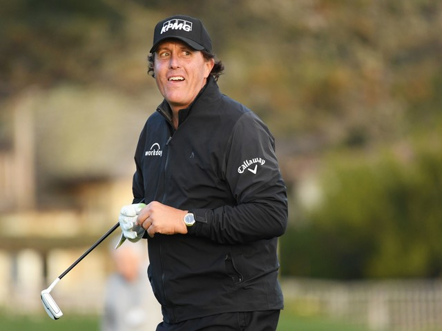 Phil Mickelson wins AT&T Pebble Beach Pro-Am in Monday finish